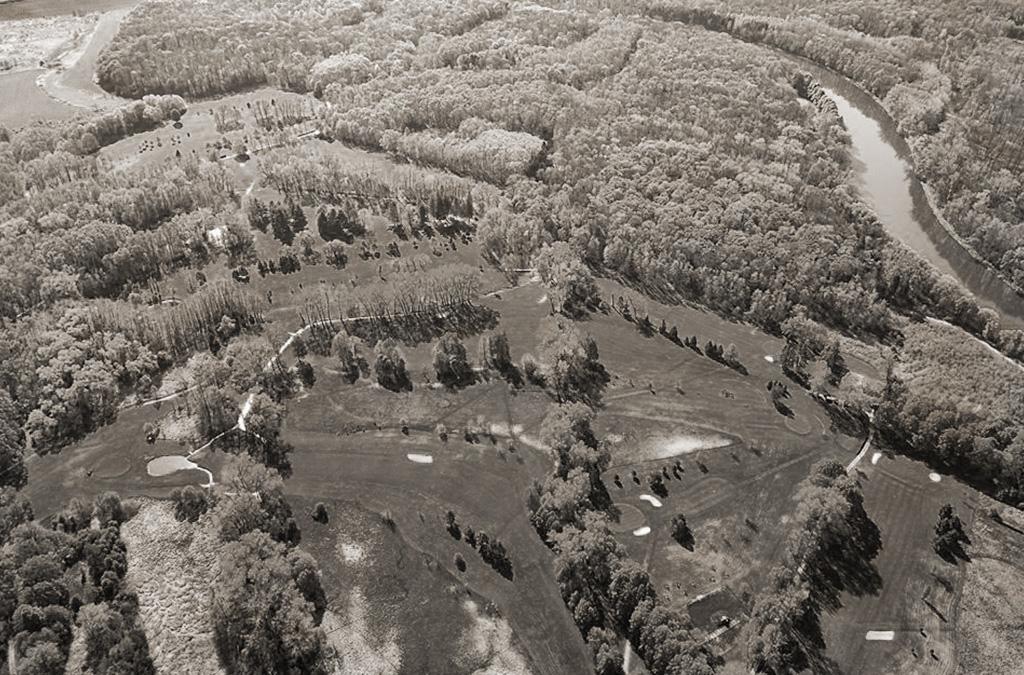 Letecký pohled na Golf Club Poděbrady